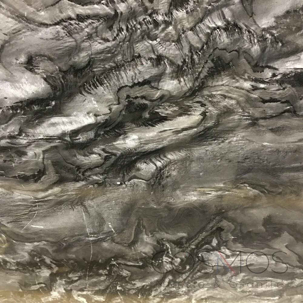 Quartzite – Black Fantasy 1-min