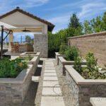 tuscany-platinum-travertine_silver-travertine-stacked-stone-c_6